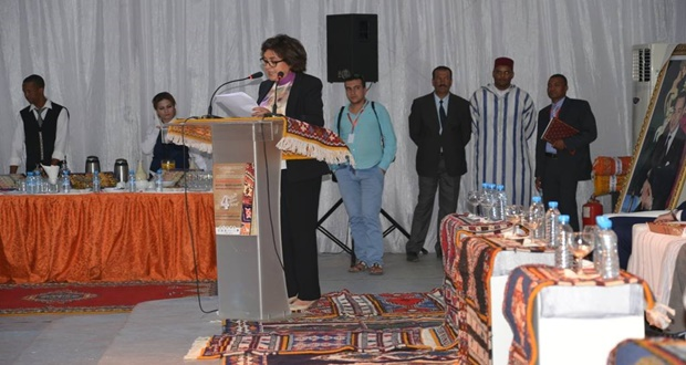 فاطمة مروان وزيرة الصناعة التقليدية